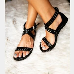 Shoes - 🆕//The Zelda// Black studded criss cross Sandal